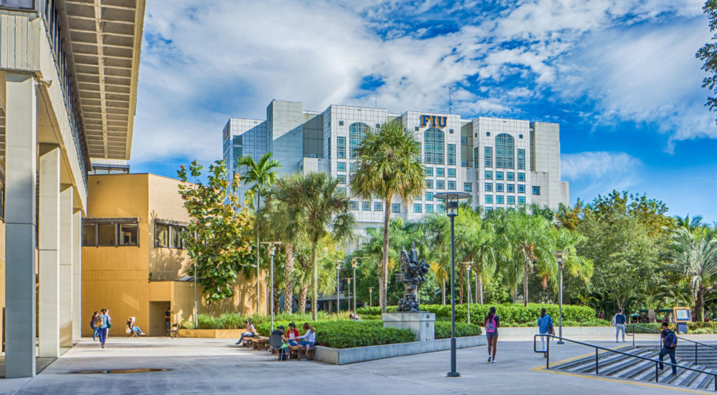 EDU AOC 30TopAccreditedOnlineBachelorDegreePrograms 10 FloridaInternationalUniversity