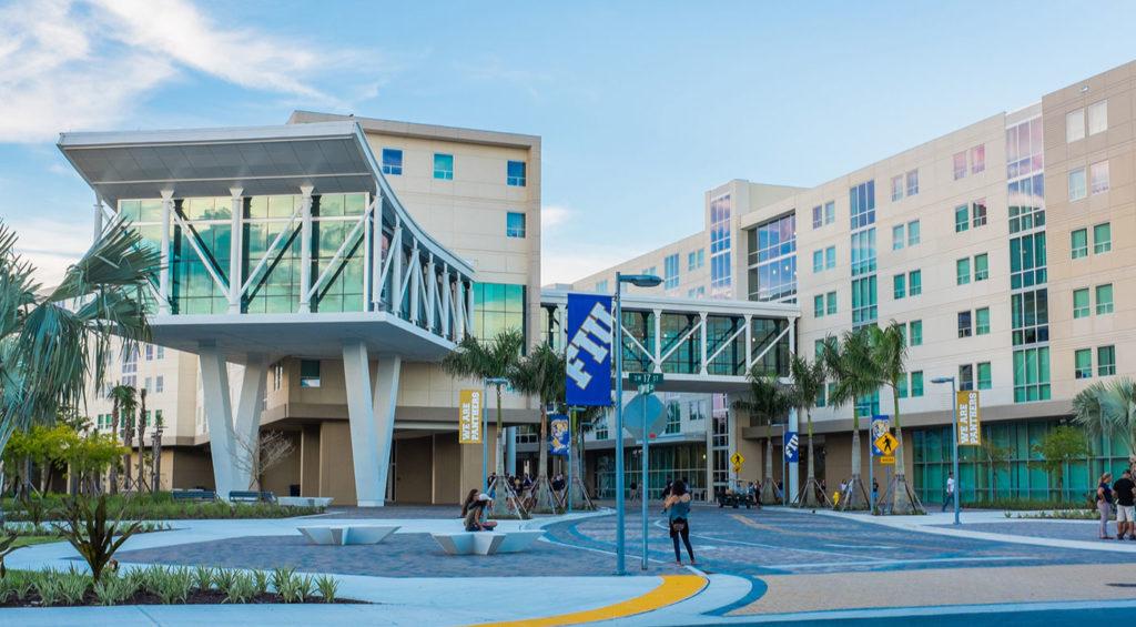 EDU AOC 30AccreditedOnlineCollegesforPsychology FloridaInternationalUniversirty