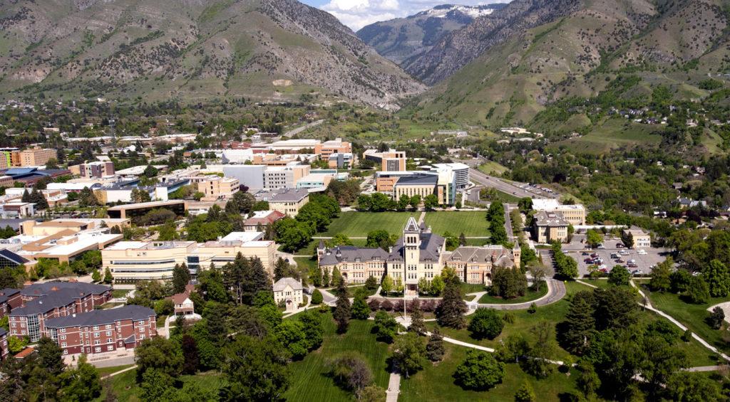 EDU AOC 30BestOnlineCollegesforVisuallyImpairedStudents UtahStateUniversity